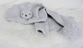 Baby kleedje met konijn hoofdje